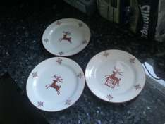 Poundworld Three Reindeer side plates or bowls for £1.00 (50p each - buy 2 get 1 free)