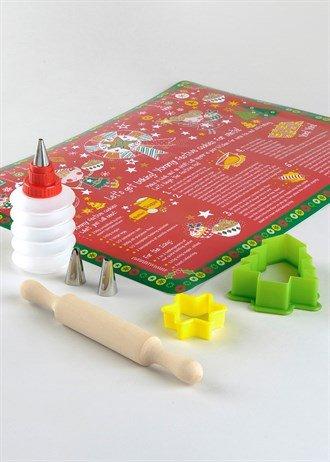 8 piece cooksmart children's festive baking kit @ matalan £1.50