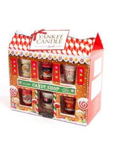 75% off Christmas Yankee candles, calendars & diaries at Clintons