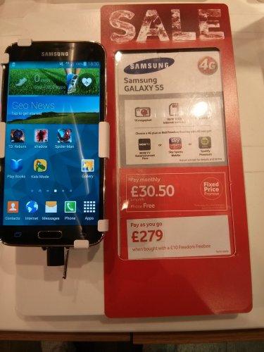samsung s5 on Vodafone payg 279 + 10 topup