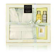 Baylis and Harding Dressing Gown and Toiletries Gift Set £11.25 @ Amazon