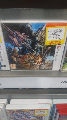Monster Hunter 4 Ultimate for 3DS £10 @ Smyths toys instore