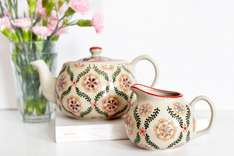 Stoneware Teapot & Milk Jug reduced to a total of £10.80 on dotcomgiftshop.com