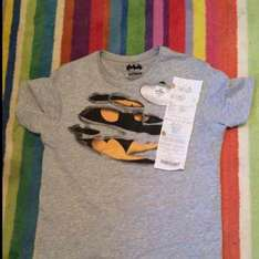 Primark Batman Grey Tee Shirt shown as 50% off £6, but scanning at £1