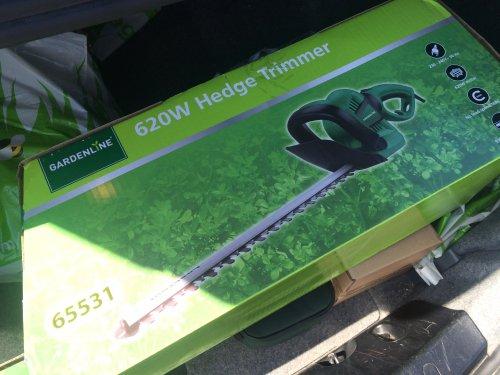 620W Electric Hedge Trimmer - £13.99 - Aldi - 3yr Warranty