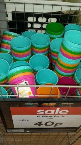 4 x plastic pot set was £1.50 now 40p @ Asda living