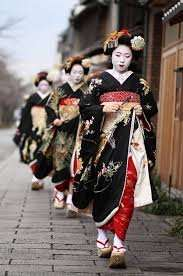 From London: 10 nights in Japan, inc central, good rated hotels & rail pass £993.52pp @ hotels.com