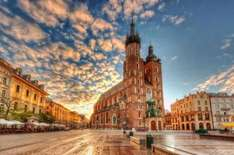 4 nights in Kraków for £72.88 each including flights and central 3* apartment @amoma