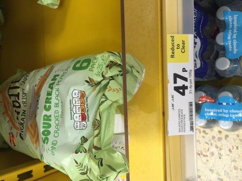 Walkers sunbites multigrain crispy snack sour cream& black pepper 6 pack £0.47 @ tesco Blackpool instore