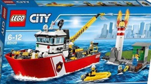 Lego City 60109 Fire Boat £39.99 Amazon