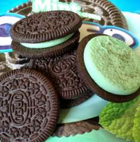 Oreo Mint Creme 154G / Oreo Strawberry Cheesecake 154G / Oreo Peanut Butter 154G / Oreo Golden 154G / Oreo Chocolate Cookies 154G / Oreo Double Stuff 157G / Oreo Vanilla 154G now half price - 54p per packet @ Tesco