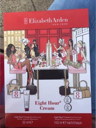 Elizabeth arden eight hour cream gift set £3.90 @ Superdrug - Minehead