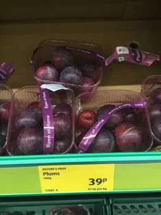 Plums 400g - 39p at Aldi
