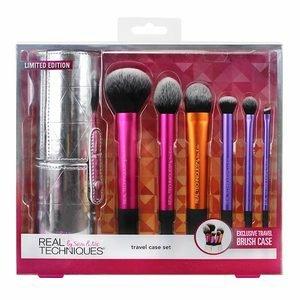 Real Techniques Travel Case Makeup Brush Set - £25 @ Superdrug