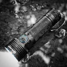 Olight R50 SEEKER 2500 Lumens, Cree XLamp XHP50, Rechargeable 26650 4500mAh, 297 Metres, IPX8 Waterproof, 5 YEARS WARRANTY, £89.95 & FREE Delivery, By Olight® Direct UK @amazon