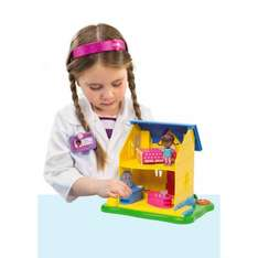 Disney's Doc McStuffins Dottie's Clinic Play Set now only £9.99 at Smyths
