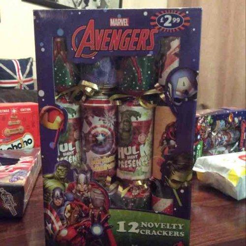 12 Marvel Avengers Novelty Christmas Crackers £2.99 @ B&M's