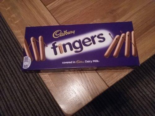 wrong price  ? Cadbury's chocolate fingers 69p instore @ Farmfoods Annan