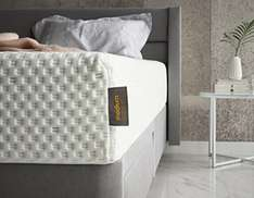 silentnight studio mattress memory foam king size £339.99 Amazon
