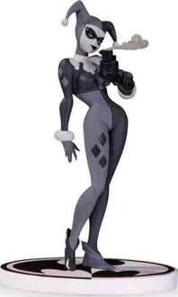 Batman Black & White Harley Quinn Statue - reduced from £79.99 to £32.99 @ Amazon