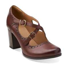 treat your feet with 20% off code at clarks outlet