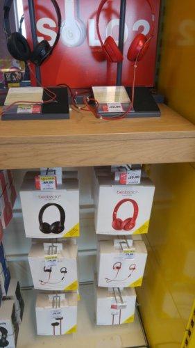 Beats Solo 2 Wired Headphones £59 Tesco instore