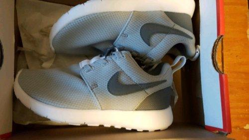 Nike Roshe infants size 9.5@ jd stevenage instore - £10