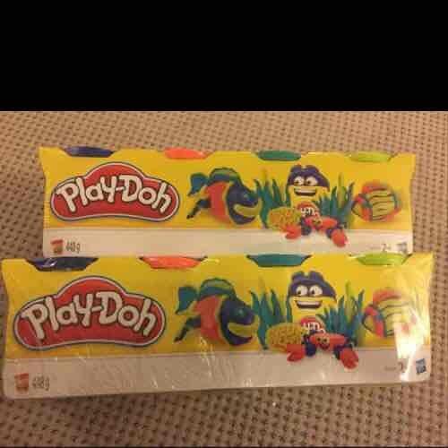 Play-doh - Buy 1 get 1 free. Pack of 4 448g. Tesco instore - £2.84
