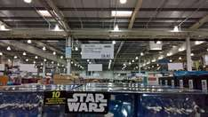 Costco Glasgow: Hot Wheels Star Wars Star Ships with Flight Controller - £23.96