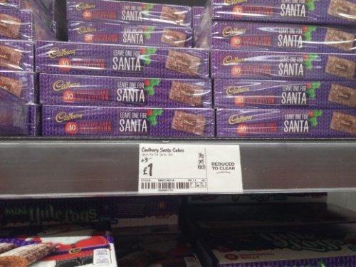 £1 Cadbury Festive Cake Selection in Asda