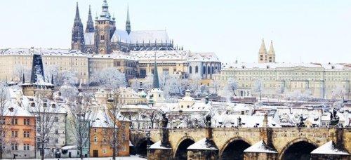 Prague 4* city break just £60pp - incl. flights & 2nts hotel @ Holiday Pirates