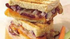 Unsmoked & Smoked Back Bacon 150g only 75p at Farmfoods