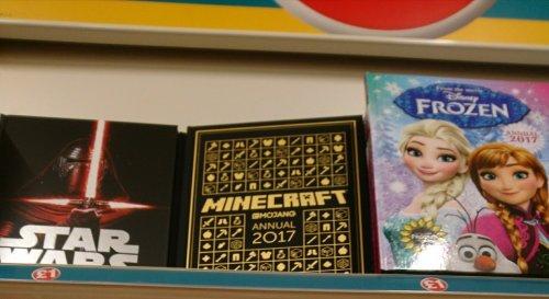 Star wars, minecraft and frozen annuals £1 @ Poundland