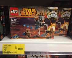 Lego Geonosis Troopers 75089 at Asda Colindale