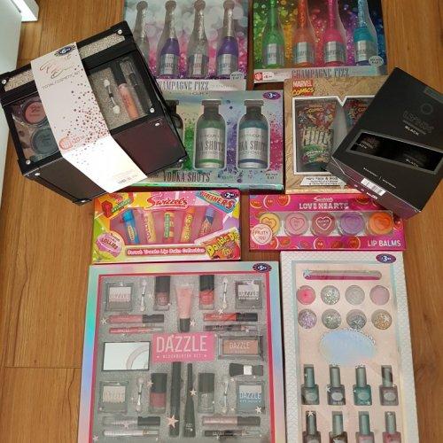 gifts sets £1 B&M