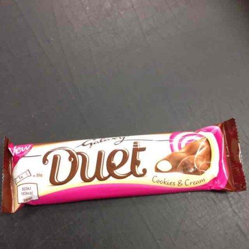 galaxy duet cookie & cream 35g 10p @ farmfoods