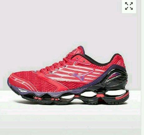 mizuno running shoe's £72 at millets sports lady's & men's