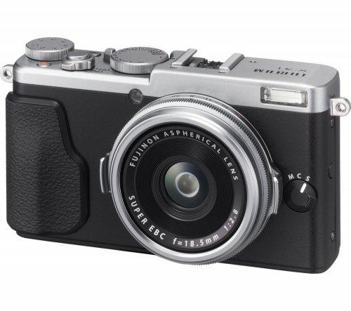 FUJIFILM FinePix X70 High Performance Compact Camera £351.97 @ Currys