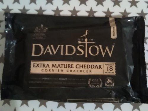 Davidstow Extra Mature Cornish Crackler Cheese 320g instore Heron Foods Whickham £1.89. Gold Award.