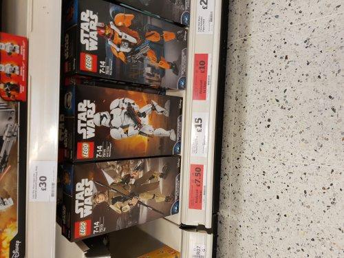 Lego 75113 star wars Rey constraction figure £7.50 @ Sainsbury's - Pontypridd