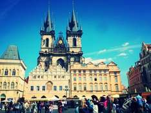 Prague + Vienna + Bratislava + Budapest: 8 Night 4-City Break £289pp inc Flights & Transfers @ GoGroupie