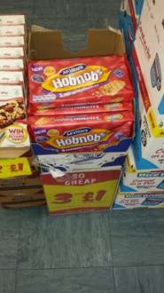 3 x 5 pack (170g) Mcvities Hobnob Raspberry flapjacks - £1 @ Fulton foods
