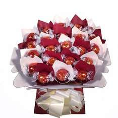 22 Lindt Lindor bouquet £19.90 delivered Amazon sold by Celebrate Gifts.