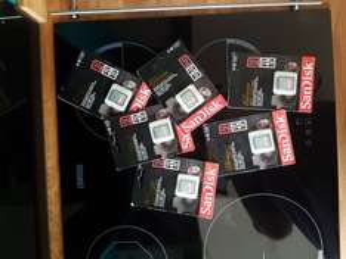 SanDisk Extreme 32GB SD Card £3.67 @Amazon Warehouse