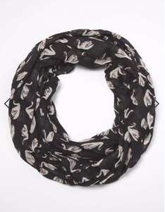 Swan-print snood at Dorothy Perkins just £2 C+C