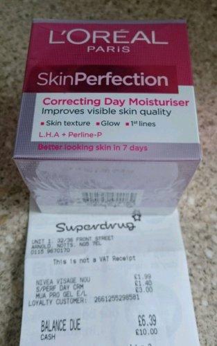 Instore offer ...L'Oréal Skin Perfection correcting day moisturiser creme 50ml £1.40 @ Superdrug