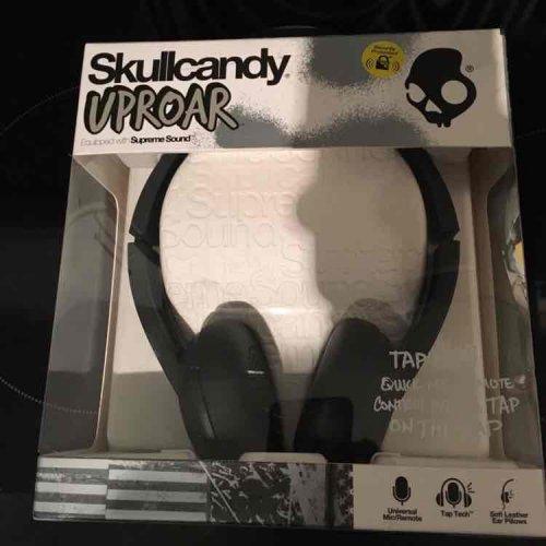 Skullcandy UPROAR Headphones £6.75 instore @ Tesco