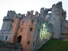 Cheap Family Tickets to Warwick Castle - Fam of 3 £35 / Fam of 46.80 / Fam of 5 £57.60 Valid Oct Half Term with Spooky Entertainment @ Attractiontix (plus kids under 3 go Free)