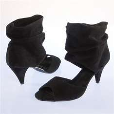 Suede low boots WAS £75 NOW £18.75 @ La Redoute PLUS MANY MORE ITEMS ON SALE