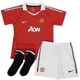 Manchester United Home Boys Football Kit 2010/11 £24.99@ soccerbox.com